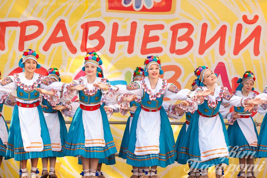 Photo travneviy_festival_18