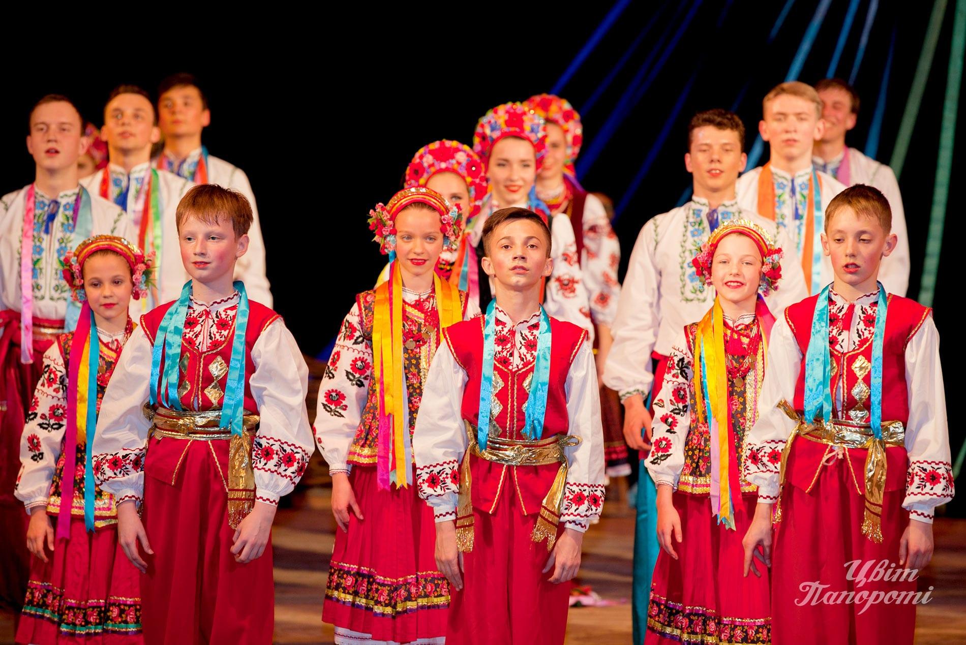 Photo TsvitPaporoti-20-let_2094