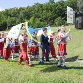 """VII Міжнародний благодійний фестиваль дитячо-юнацької творчості """"Сонячний каштанчик"""""""